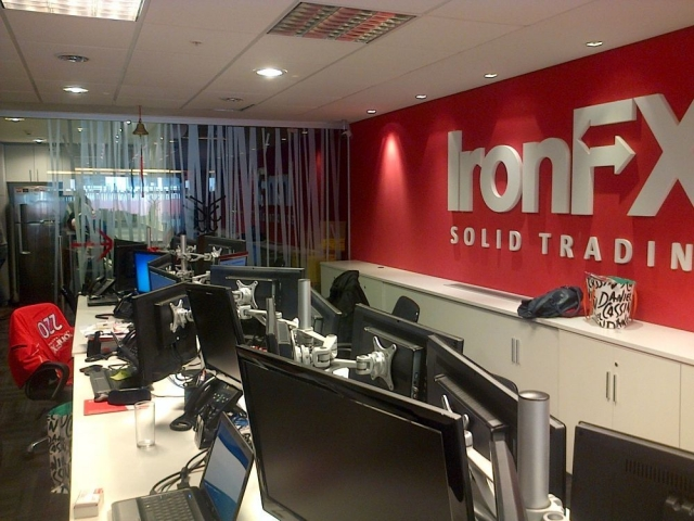 ironfx-office.jpg